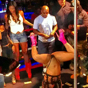 Floyd-Mayweather-Stripper